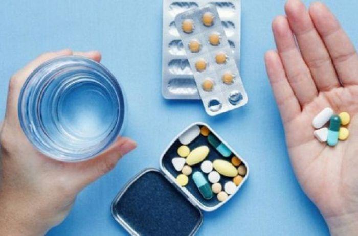 В Раде хотят принудительно лицензировать препараты для борьбы с COVID-19