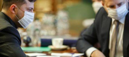 Зеленский провел очередное совещание по борьбе с COVID-19