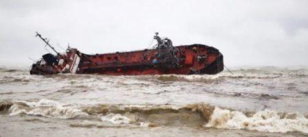 Пьяный житель Одессы с травматом пытался попасть на затонувший танкер