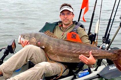 Рыбак вытащил невероятные чудище, впервые за 70 лет!