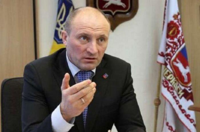 Скандал с продолжением: мэр Черкасс собрался проучить Зеленского