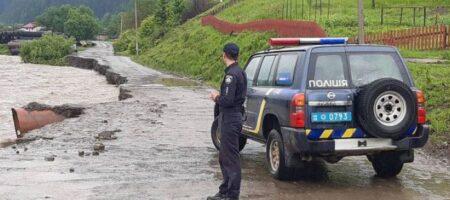 Днестр вышел из берегов: подтоплены дороги международного значения