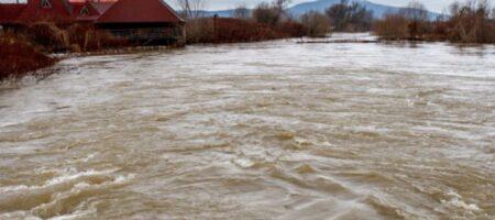 ГСЧС: В трех реках продолжается подъем воды