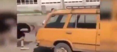 Вся дорога в крови: под Днепром псих расстрелял молодого парня