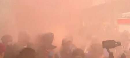 В центр Киева стягивают полицейских и военных: что происходит?