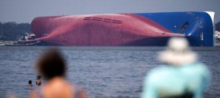 Тысячи новых авто утопят в океане вместе с кораблем