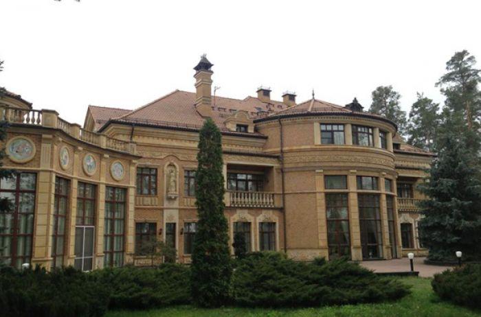 Семья Зеленского переехала в Конча-Заспу: с чем это связано