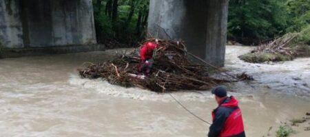 В ГСЧС рассказали подробности о разрушениях от наводнений на Прикарпатье
