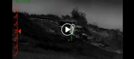 ВСУ пошли в атаку и уничтожили опорный пункт вместе с боевиками (ВИДЕО)