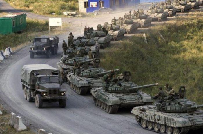 Россия может навалиться сразу с трех сторон: к чему готовиться Украине
