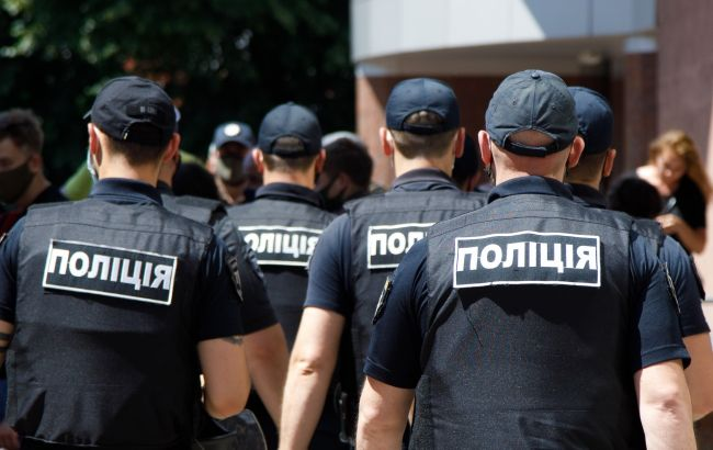 "В Киеве ""коп"" на Infinity напал на людей: подробности инцидента"