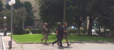 «Він до мене подзвонив, каже нас захопили», - дружина заручника луцького терориста