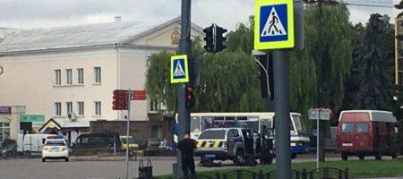В центрі Луцька невідовий захопив автобус із заручниками
