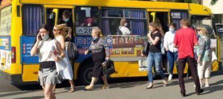 Внесение Луцка в красную зону спровоцировало столпотворение в городском транспорте