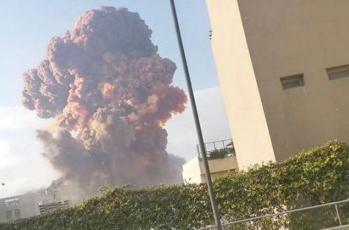 Взрывы невероятной мощности произошли в столице Ливана Бейруте. Десятки жертв, сотни раненых (ВИДЕО)