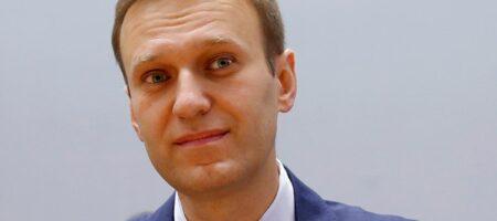 Медицинский самолет с Навальным вылетел в Германию (ФОТО)