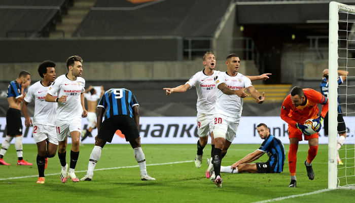 Севилья в очередной раз выиграла Лигу Европы, обыграв в финале Интер