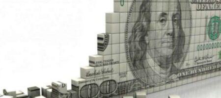 Чем грозит Украине глобальное падение доллара: мнение экспертов