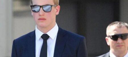 Сын Лукашенко отрекся от фамилии отца