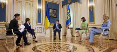 Зеленский рассказал, откуда взяли деньги на стройки по всей Украине