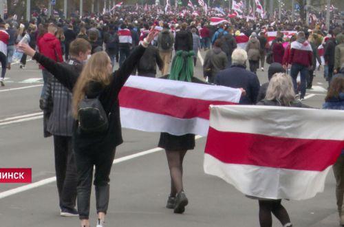 Ужас в Минске: студенты схлестнулись с силовиками. ВИДЕО