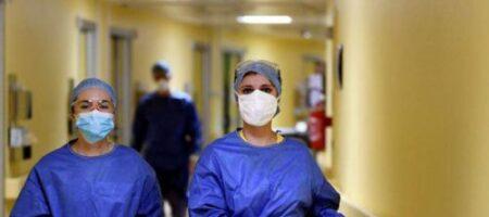 Под Николаевом женщина обокрала врачей во время операции