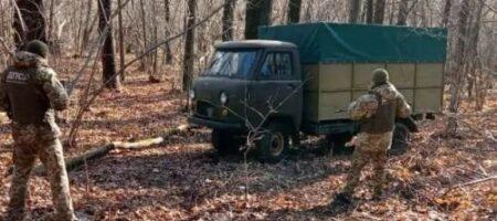 Контрабандист оставил пограничникам миллион и сбежал в Россию: подробности (ВИДЕО)