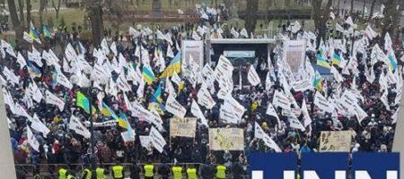 Отсрочка для ФЛП не помогла: протестующие готовятся к штурму Рады