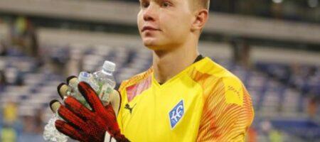 Вратарь из России поплатился за хитрость во время пенальти: забавное (ВИДЕО)