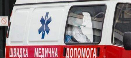 Обморозили по дороге? На Днепропетровщине скорая перевозила раздетого пациента в другой город (ВИДЕО)