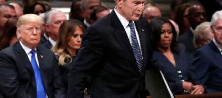 """""""Банановая республика"""": Джордж Буш сделал заявление о США и штурме Капитолия"""