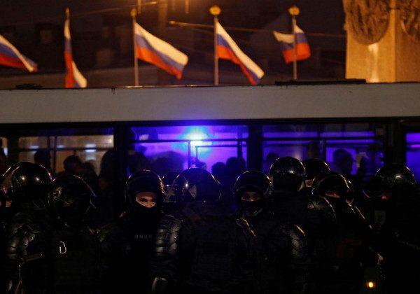 Массовые задержания, драки и кровь: чем завершились акции протеста в России