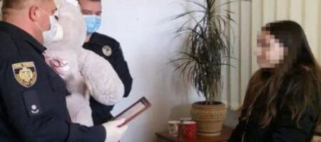 Во Львове 11-летняя девочка помогла копам задержать грабителя (ВИДЕО)