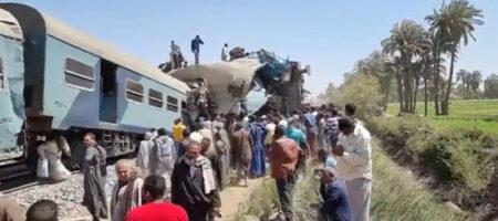 В Египте столкнулись два пассажирских поезда, по меньшей мере 32 человека погибли