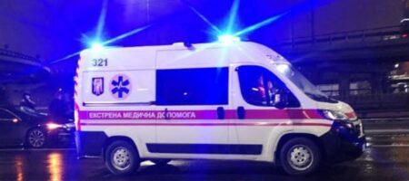 В Киеве пешехода сбили сразу два авто: перебежал четыре полосы (ФОТО)