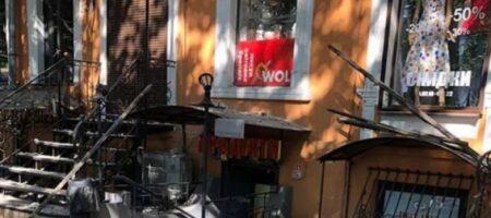 В Одессе произошло обрушение старинного дома (ВИДЕО)