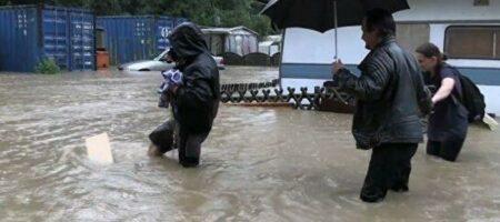 В Германии из-за наводнения пропали более тысячи человек (ВИДЕО)