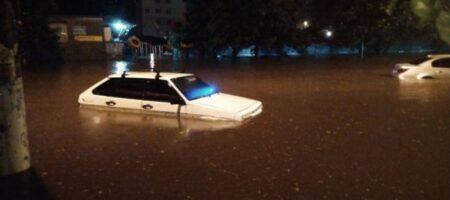 Одессу затопил мощный ливень (ВИДЕО)