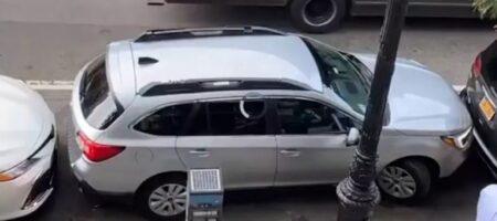 """Как выехать с парковки, если вас """"намертво"""" заблокировали"""