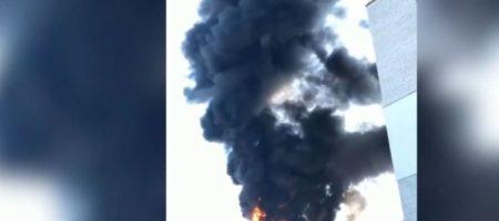 На Волыне сильно горела новостройка (ВИДЕО)