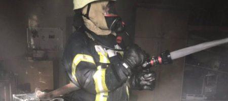 Масштабный пожар в Киеве, идет срочная эвакуация людей: первые подробности. ФОТО