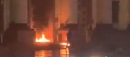 Пожар в центре Харькова. Сообщают о пожаре в ОГА
