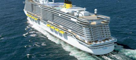 Более 6000 людей могут запереть на борту лайнера из-за коронавируса (ВИДЕО)