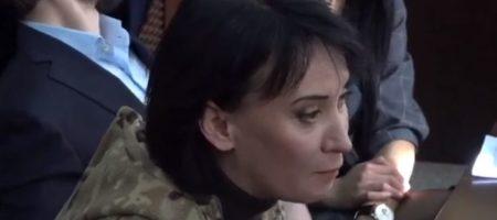 """""""Ах, ты п**р"""". Маруся Зверобой оскорбила прокурора во время суда"""