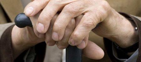 Украинцы без пенсий: кого государство накажет в старости