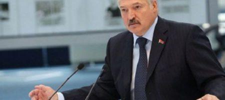 """Лукашенко пропал: после вспышки заболеваемости в Беларуси """"Батьку"""" никто не видел"""