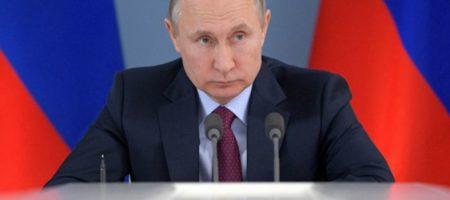 Путин, аннексировавший Крым и развязавший войну на Донбассе, поздравил украинцев с Днем победы