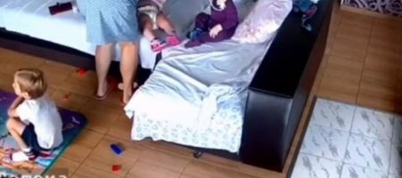 Задушила подушкой: в сети появилось видео убийства годовалой девочки в Запорожье