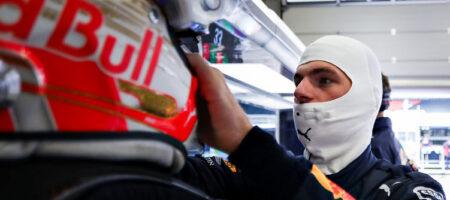 """Шесть гонщиков """"Формулы-1"""" наотрез отказались встать на колено для борьбы с расизмом"""