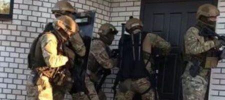 На Киевщине полиция разоблачила банду вымогателей, напавших на бизнесмена. ВИДЕО